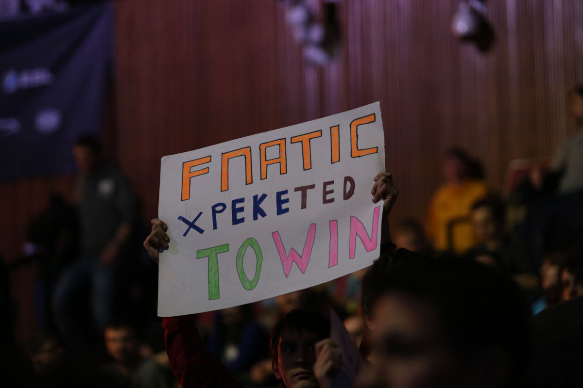 Fnatic is one of the top professional teams in eSports, with supporters every bit as passionate as those in 'tradtional' sports. Photo: ESL