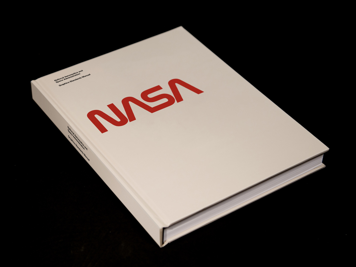 NASA_BOOK_RENDER_COVER_ANGLE_02-blog