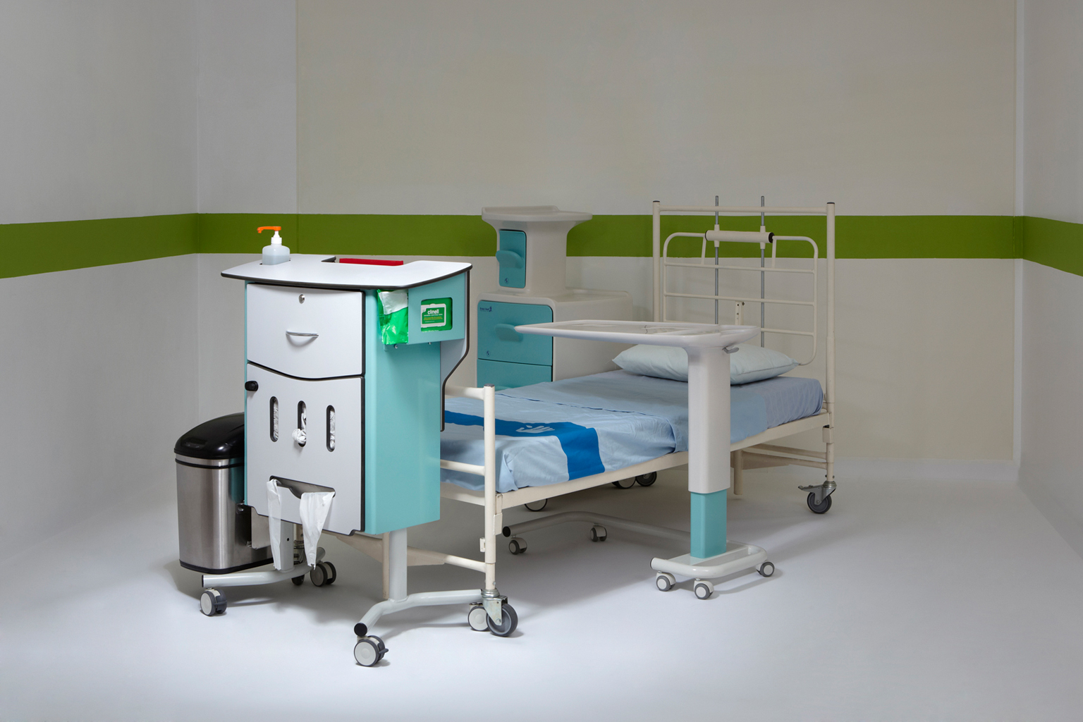 The NHS has been a regular client of the HHCD. An all-in-one unit called the Carestation was designed to house equipment for bedside patient care as part of Grace Davey's research project into reducing medical error. Senior associate: Jonathan West