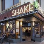 Shake Shack at Washington, D.C. Graphic design: Pentagram NY. Architect: SITE