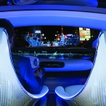 The Head-up Display in the windscreen area serves to flash up place- and object-related content on points of interest in the surrounding area with the help of augmented reality technology