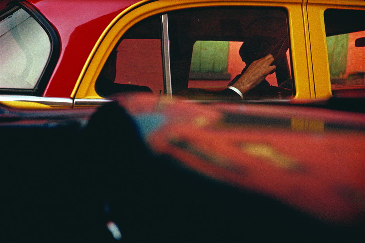 Taxi, ca. 1957 © Saul Leiter, Courtesy Howard Greenberg Gallery, New York