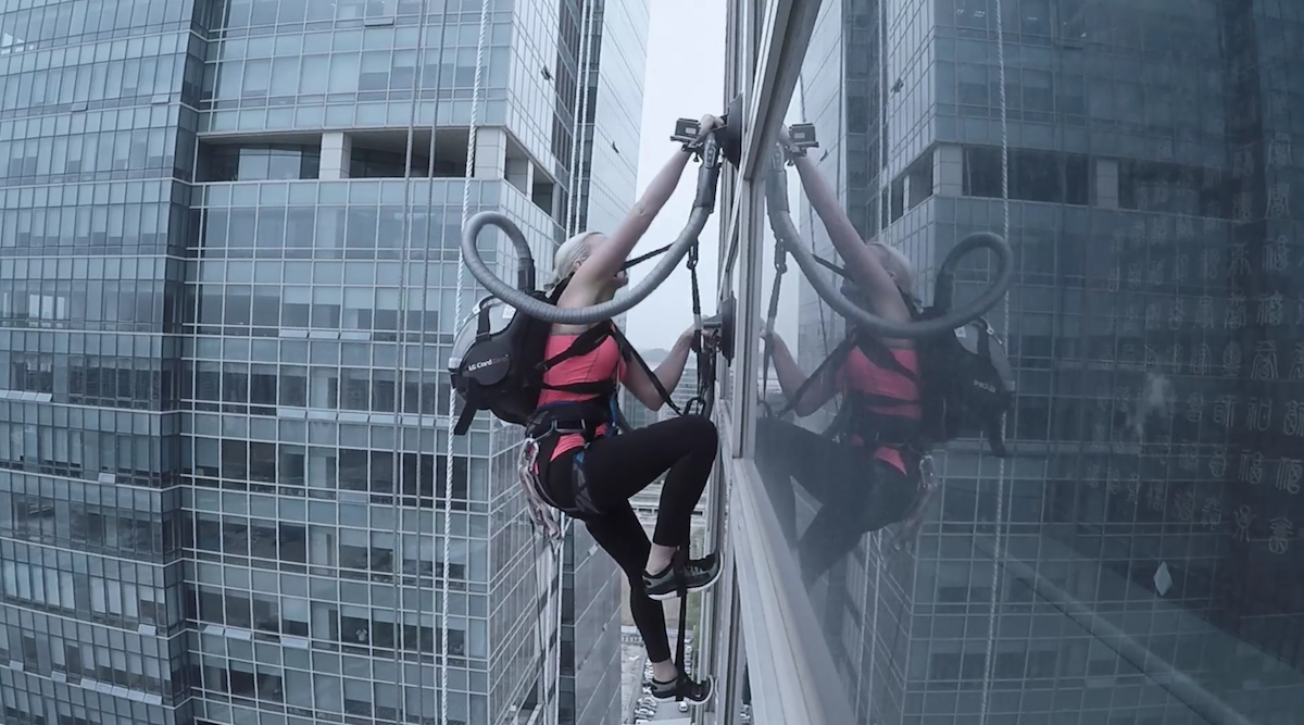 LG stunt ad sees climber scale a skyscraper using the suction of two vacuum cleaners