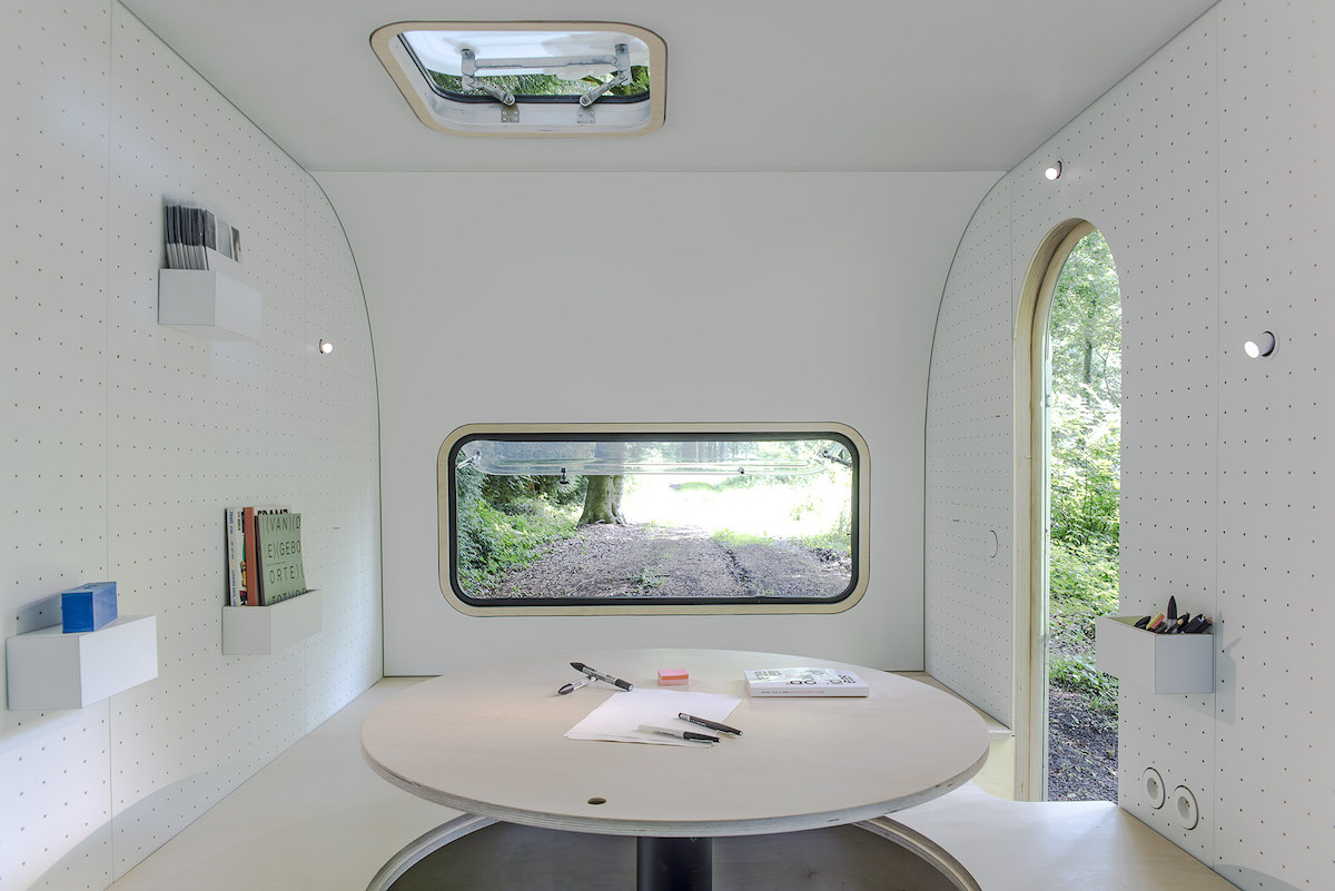 Belgian design studio FIVE AM's mobile office space