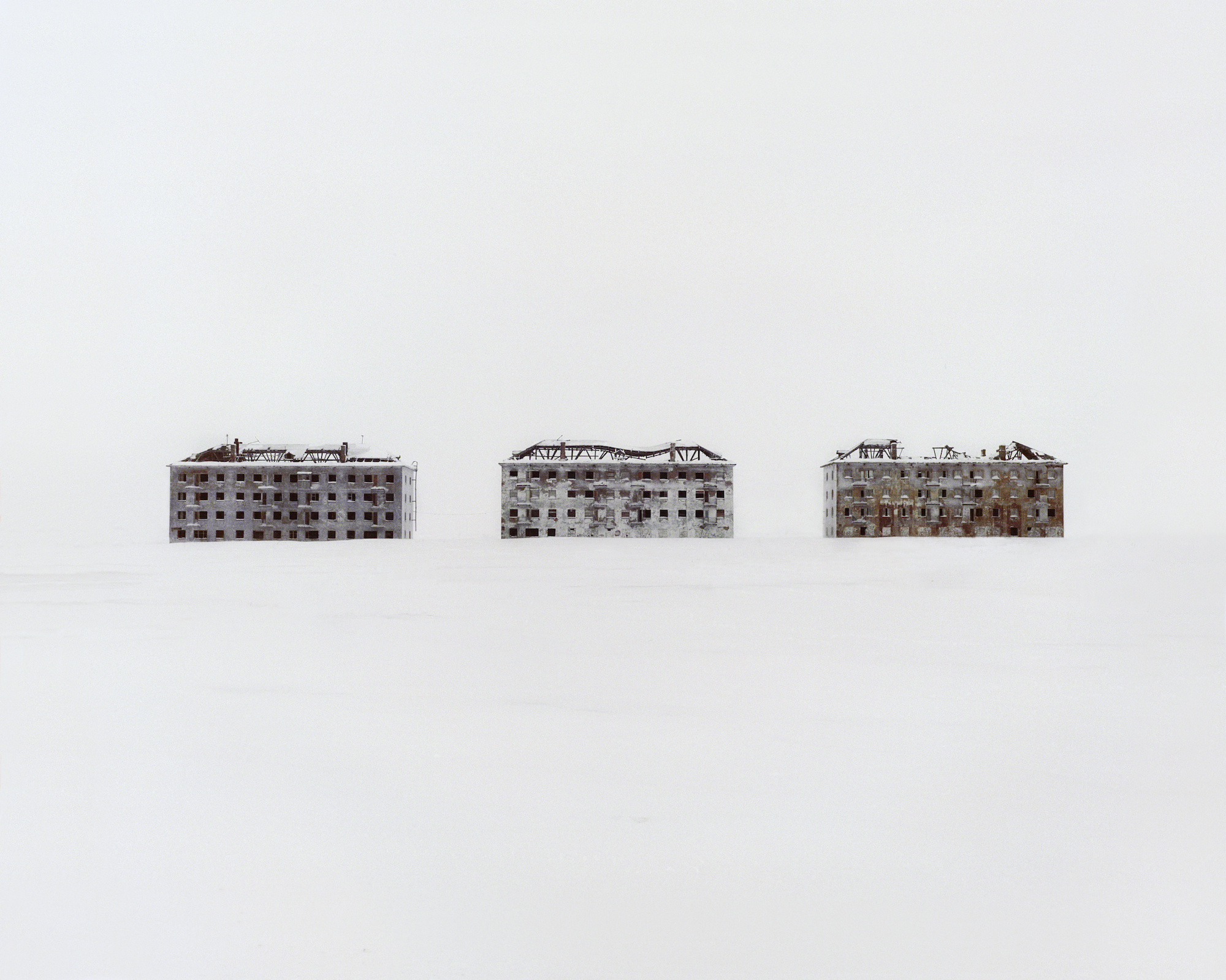 Danila Tkachenko. Former residential buildings in a deserted polar scientific town specialised on biological research