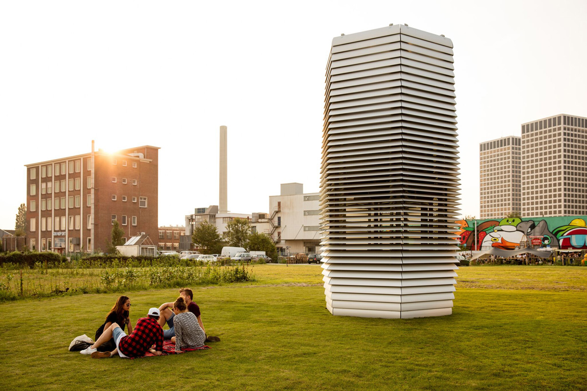 The Smog Free Project, designed by Daan Roosegaarde, collects smog and uses it to create jewellery, purifying the air around it in Rotterdam
