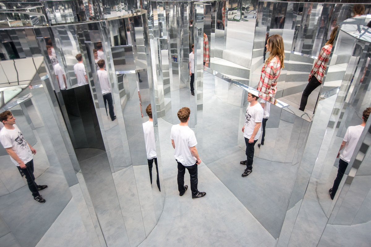 Mirror Maze by Es Devlin, commissioned by The Fifth Sense, a partnership between CHANEL and i-D. Image © Victor Frankowski courtesy of i-D