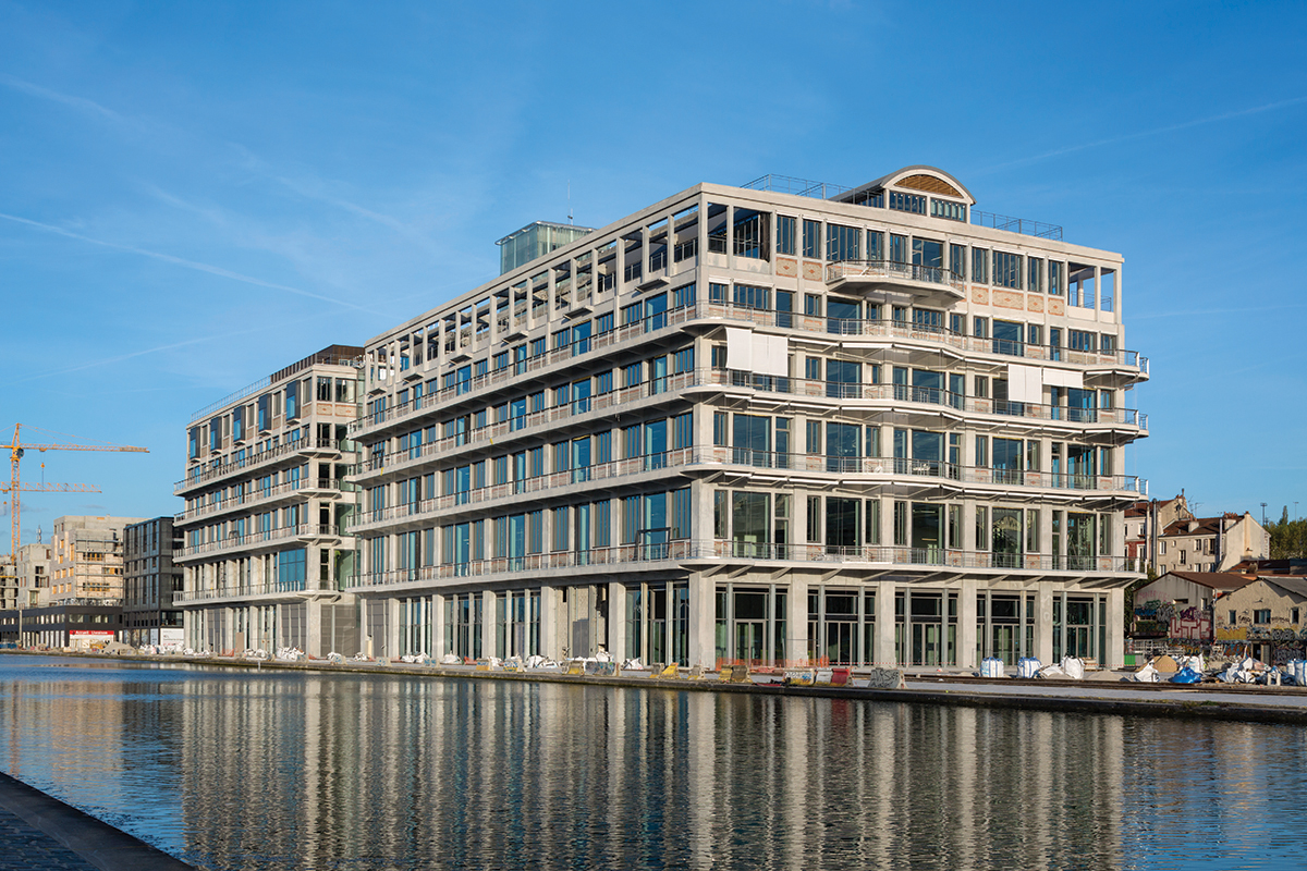 The new office of BETC Paris on the banks of the Canal de l'Ourcq in Pantin. Photo: Hervé Abbadie.