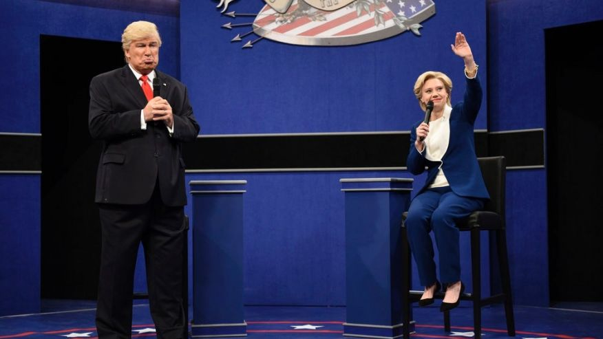 Kate McKinnon as Hilary Clinton and Alec Baldwin as Trump. Saturday Night Live, 2016