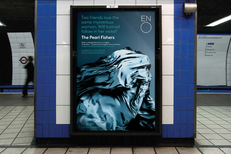 The Pearl Fishers poster in situ