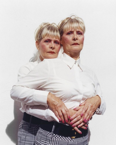 Rosie and Kathy, Le Monde
