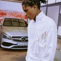 Mercedes-Benz ads Grow Up