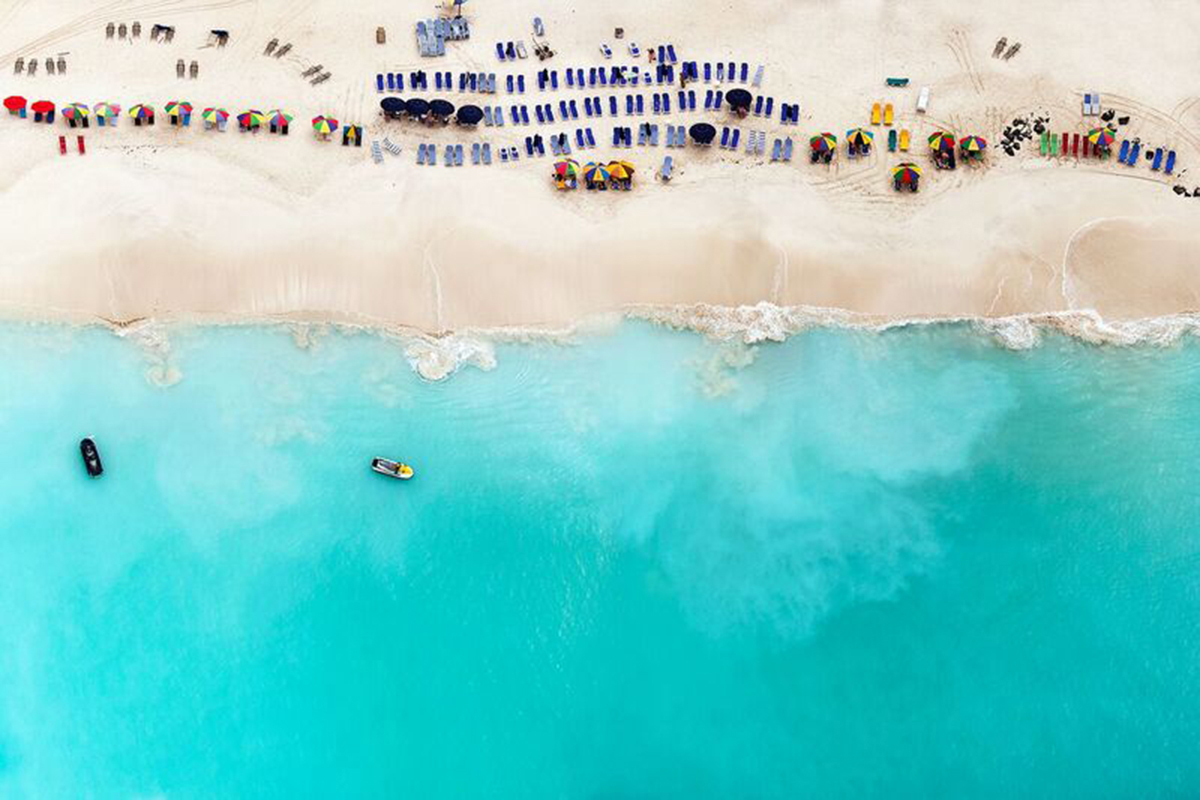 tommy clarke 39 s aerial photographs beach scenes creative review. Black Bedroom Furniture Sets. Home Design Ideas
