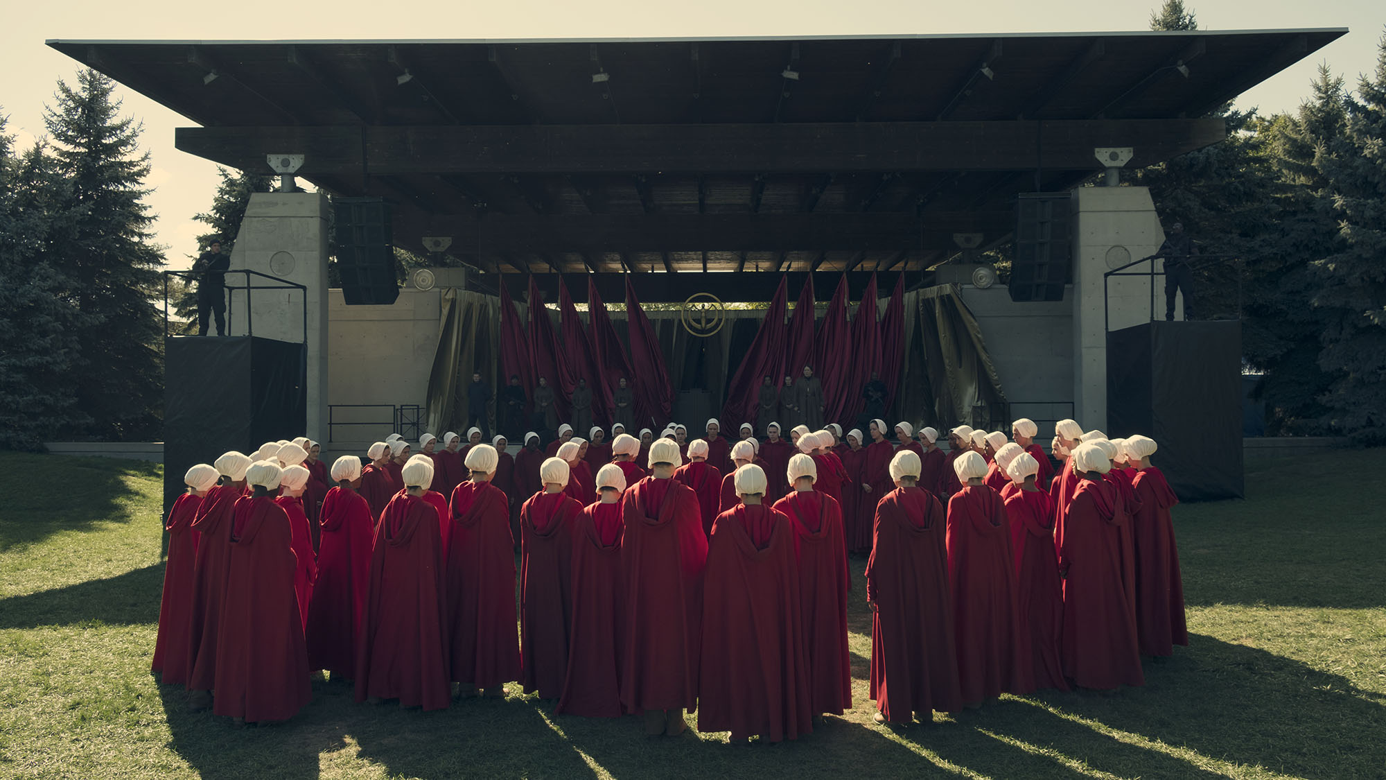 interpreting the handmaids tale 'handmaid's tale' season two finale: offred (elisabeth moss)  week, moss  offered up her interpretation of offred's unexpected decision to stay.