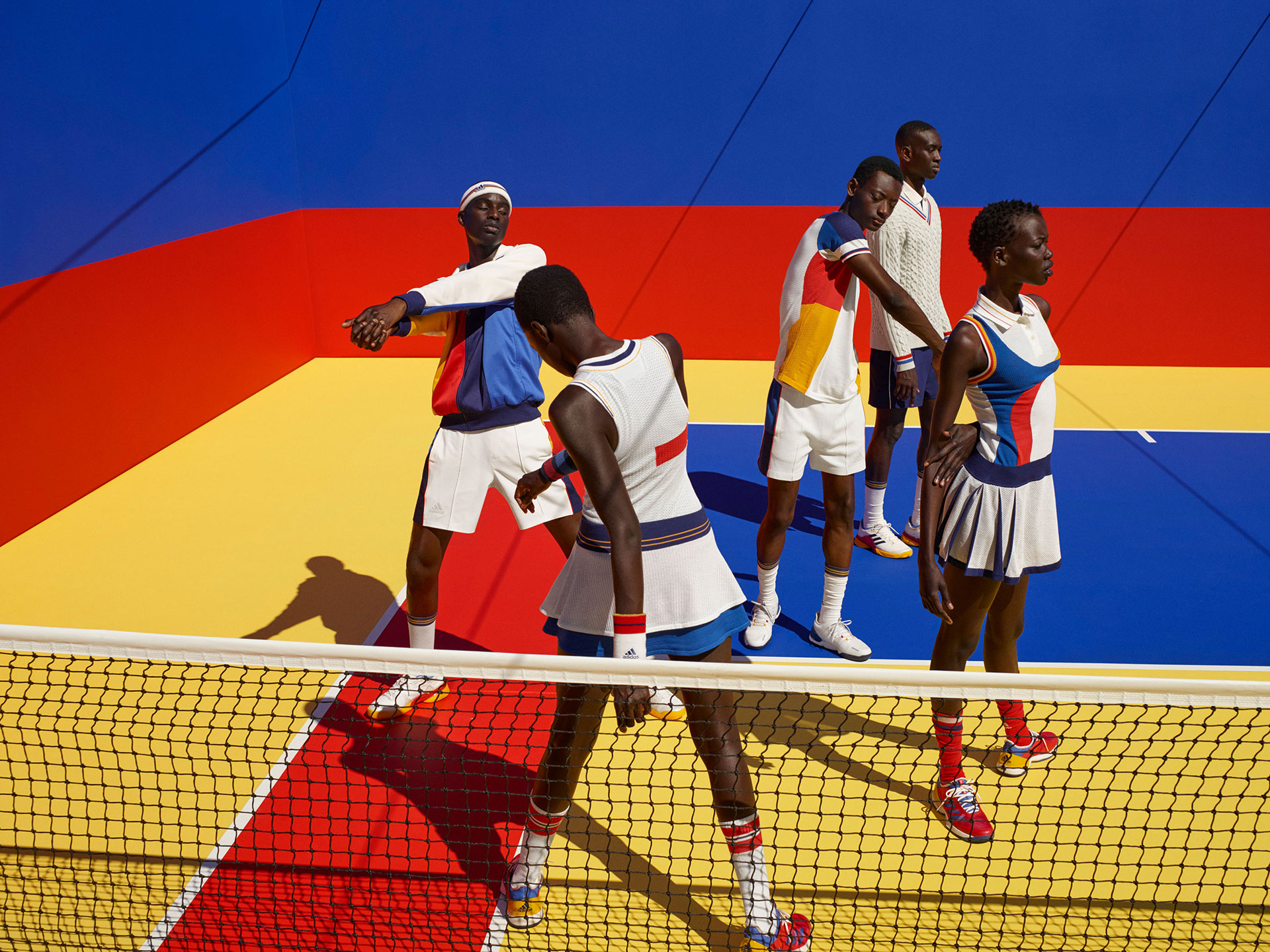 Viviane Sassen: adidas tenis por Pharrell Williams