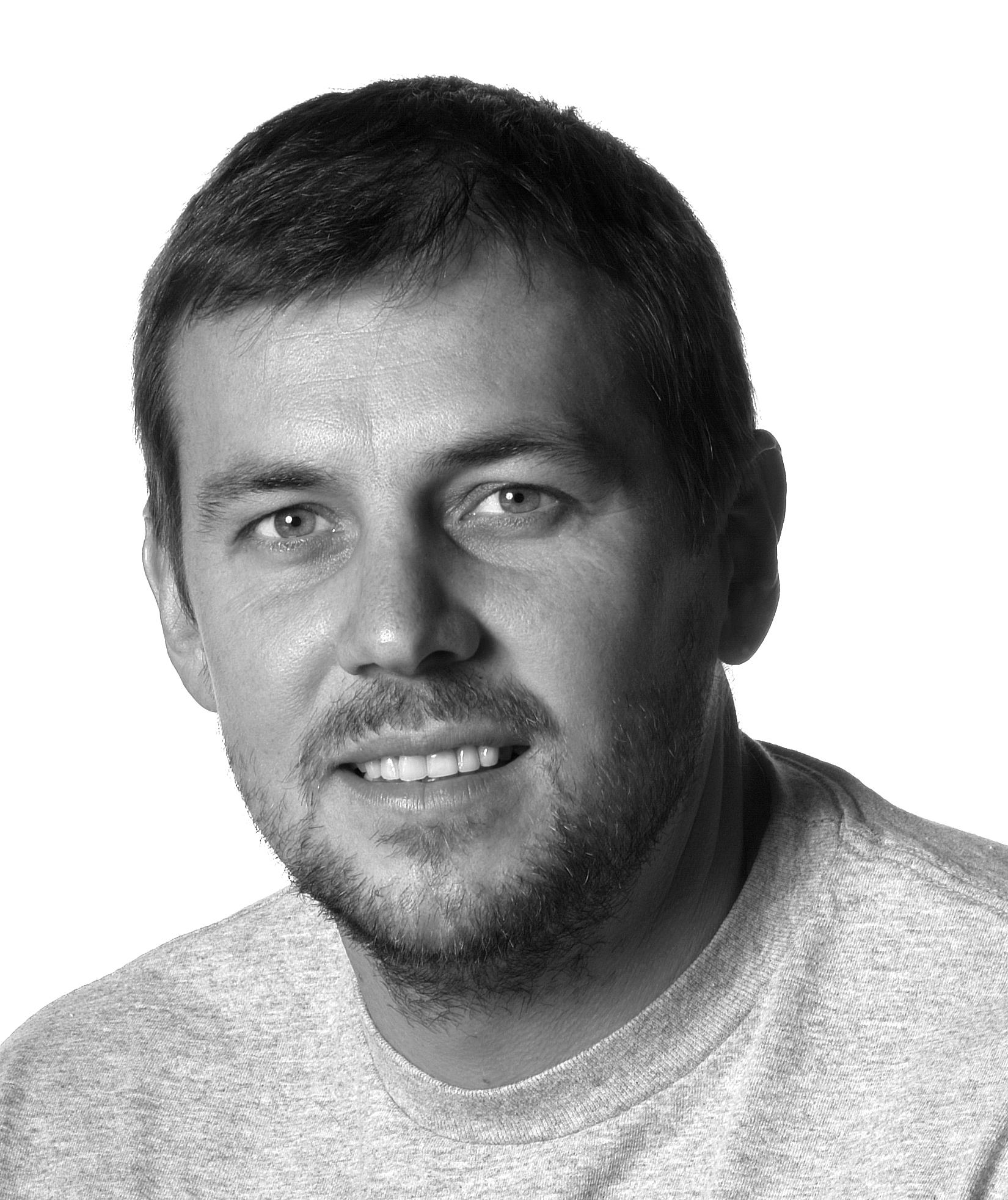 Harald Belker Headshot