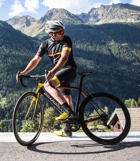 07_BOARDMAN BIKES Solo cyclist RGB