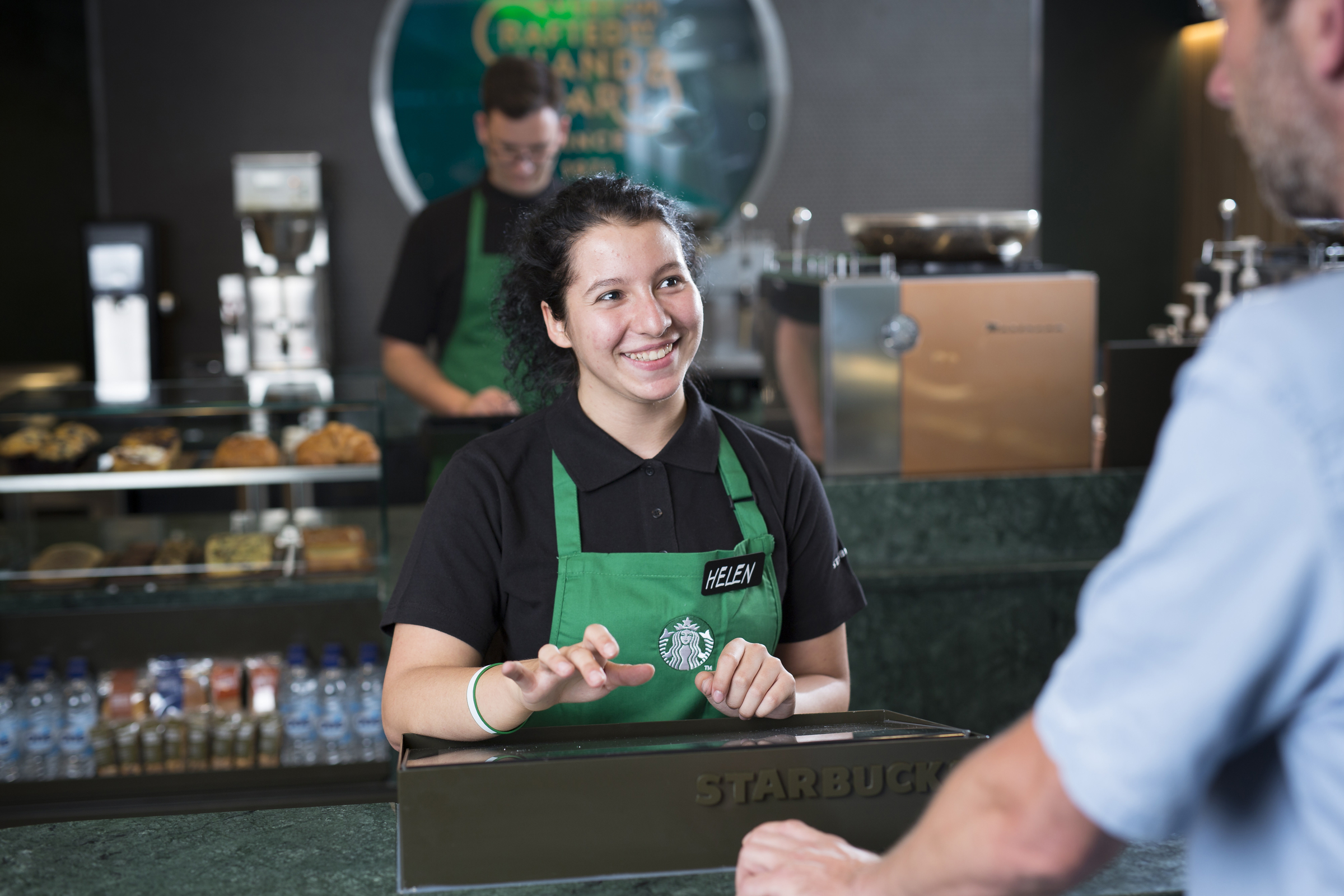 Starbucks_180716-2