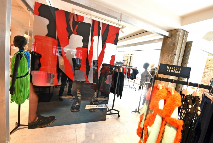 Designer Studio - Selfridges, London, United Kingdom 25/07/2016 ©Richard Chambury/richfoto.com Please contact: Richard Chambury m : +44 (0)7968 894411 e : rich@richfoto.com Richfoto Limited, 128 Queenswood Gardens, London, E11 3SG, United Kingdom Company No: 4470144 VAT: GB799125776