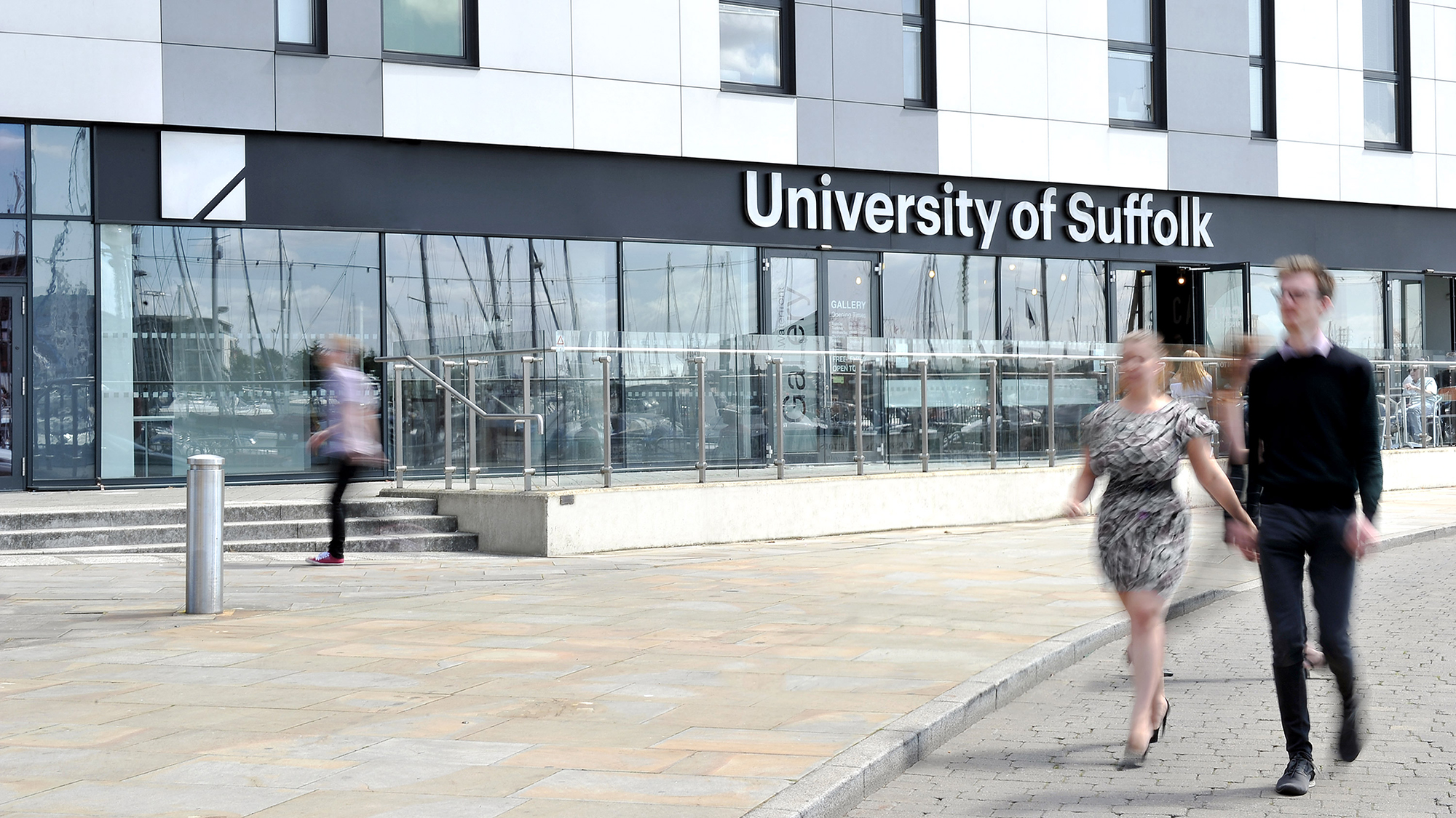 2_University_of_Suffolk_Signage