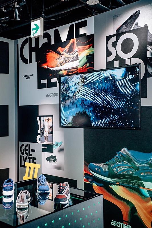 asics-tiger-brand-identity-posters-in-osaka-flagship-bruce-mau-design