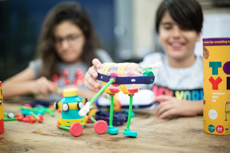 Toyi: the play kit without rules that lets children make their own toys