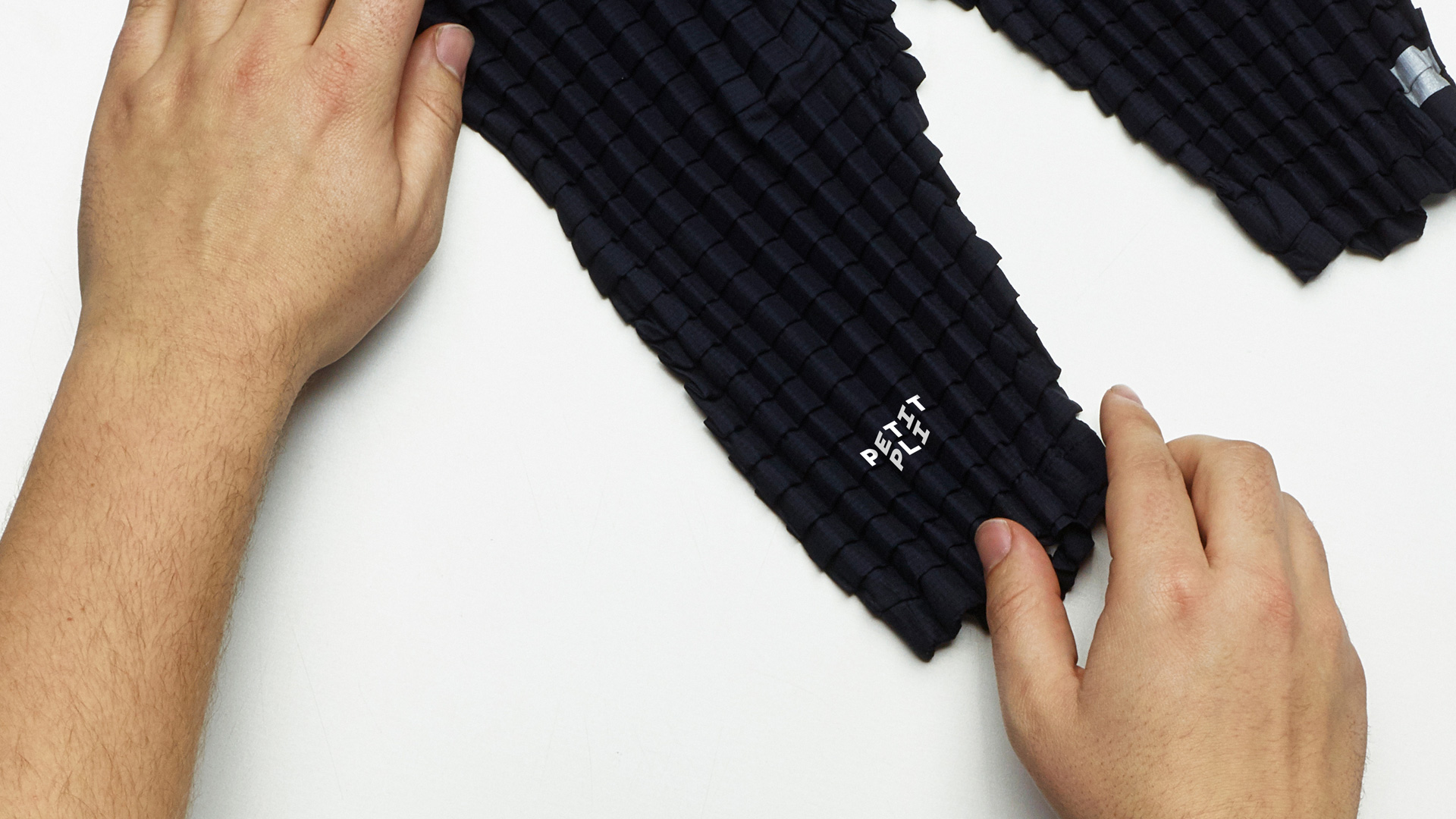Stretchy kids' clothing Petit Pli gets an identity that grows
