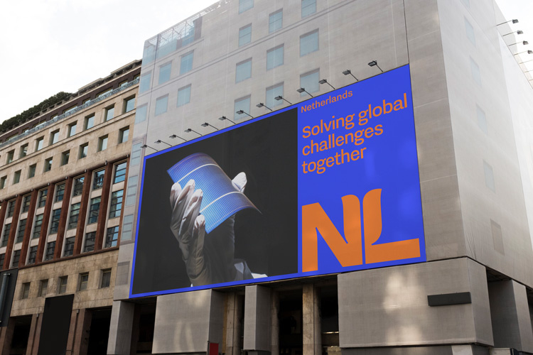 Studio-Dumbar-NL-Branding-Billboard-02