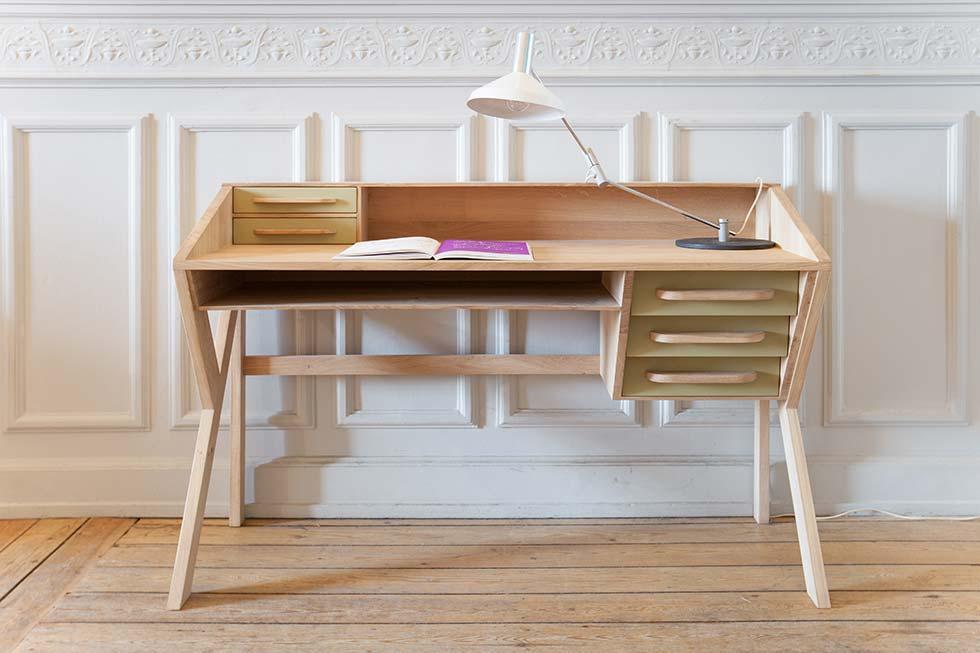 iq furniture Origami Desk