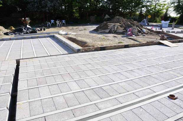 block and beam floors being laid for hemcrete self build