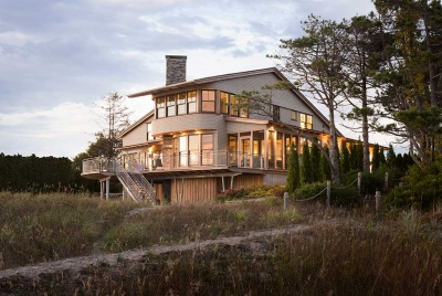 A New England-style beach house in Maine, designed by CJAB Architects