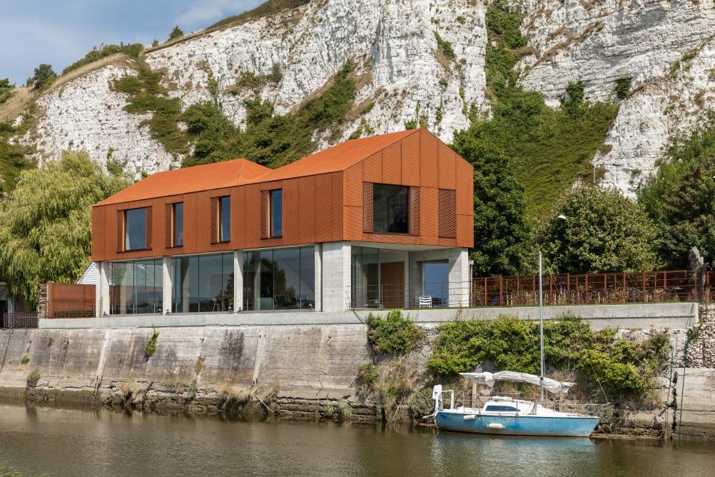 A Striking Corten Steel Clad Self Build Homebuilding