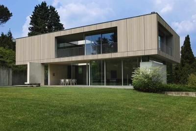 trespa house lawn