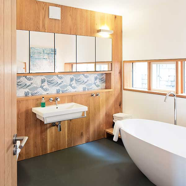Wood Cladding Bathroom Walls: 12 Cosy Scandinavian Style Interiors