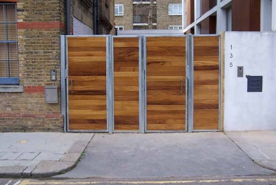 metal-framed-timber-gates-pedestrian-and-driveway-gates-iq-gates