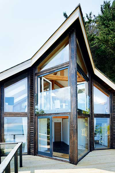 A contemporary holiday let in Cornwall
