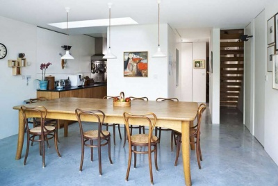 kitchen diner with concrete floor