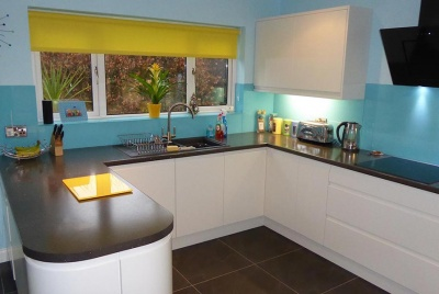 DIY Splashbacks blue kitchen