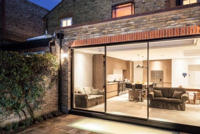 Maxlight Ultra Slim Triple Sliding Doors and Impressive Glazed Floor Panel