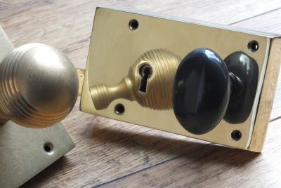 Door knob lock box