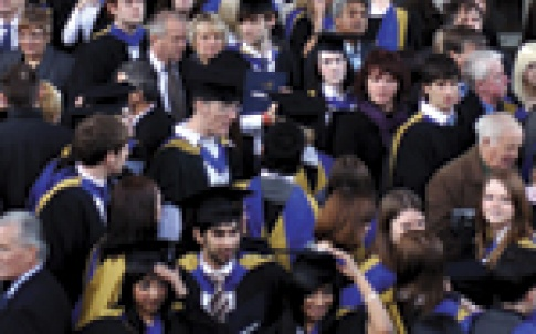 students_graduates_150.jpg