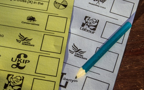 Election politics Labour Conservative LibDem Lib Dem poll ballot voting