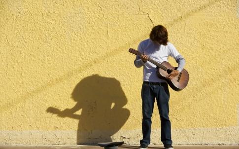 Musician, busker, guitar