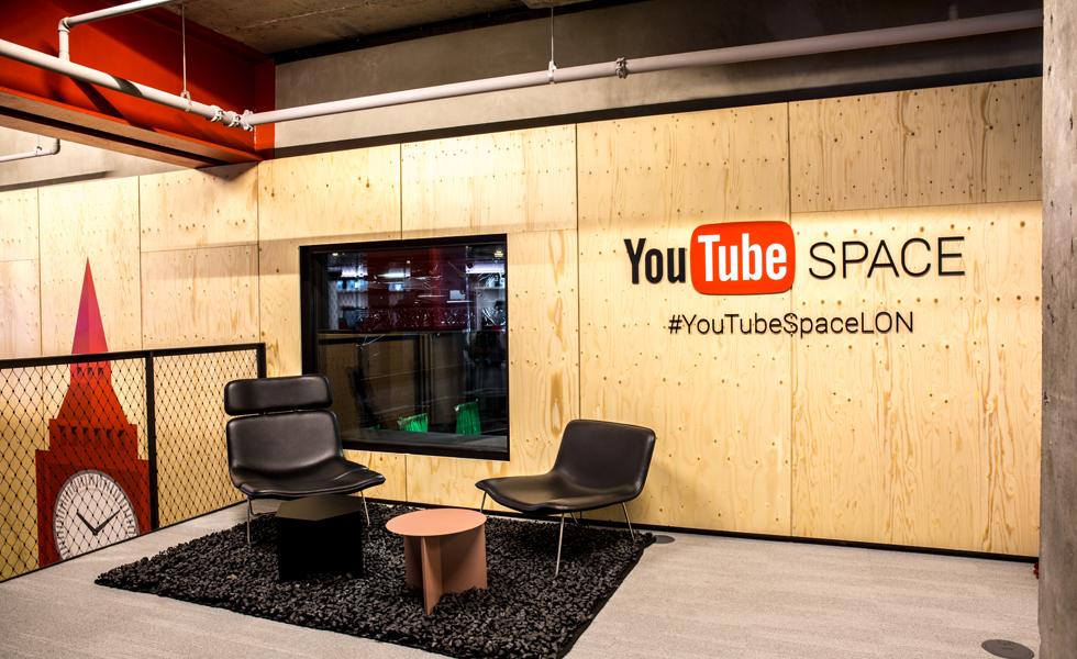 YouTube_Space1