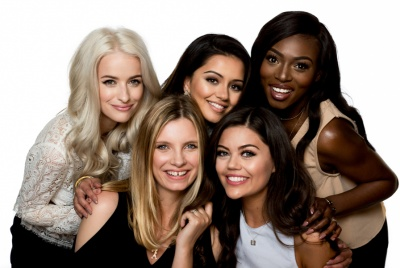 L'Oréal's 'beauty squad', consisting of five UK beauty bloggers.