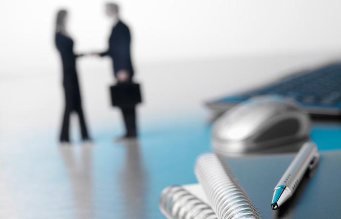 Handshake-Business-Finance-Deal-Corporate-700.jpg