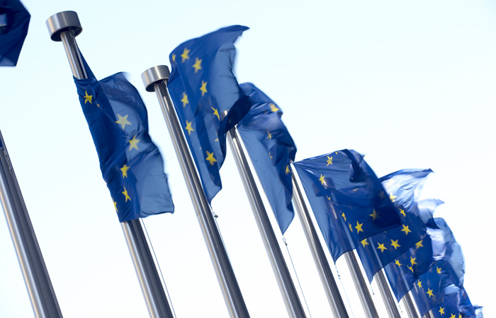 EU-Euro-Europe-Eurozone-700x450.jpg