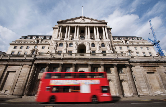 Bank-of-England-Building-BoE-Bus-700x450.jpg