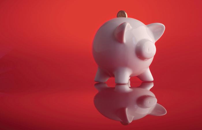 Piggy-Bank-Savings-UK-700x450.jpg