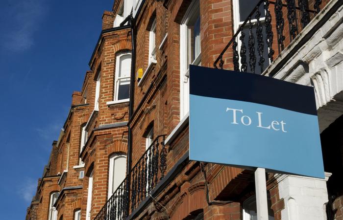 Estate-Agent-To-Let-Buy-Sign-700.jpg
